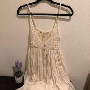 Chelsea & Violet Dress -- Size Small